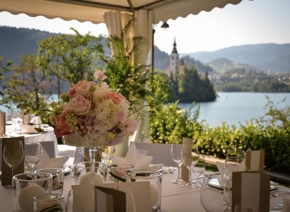 Vila Bled wedding in the terrace poroka na terasi